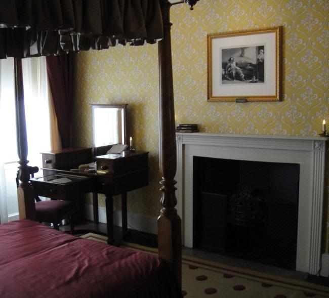 Charles Dickens Bedroom