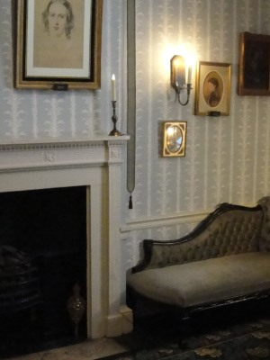 Charles Dickens house parlour room