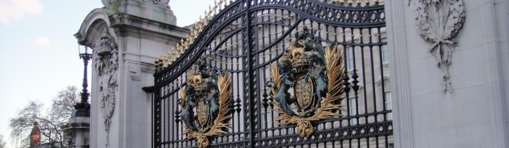 Gates to Buckingham Palace