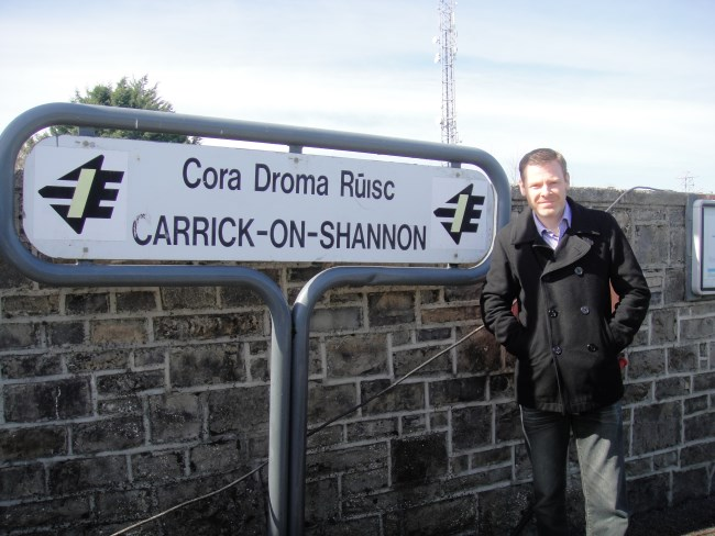 carrick on shannon train station sign