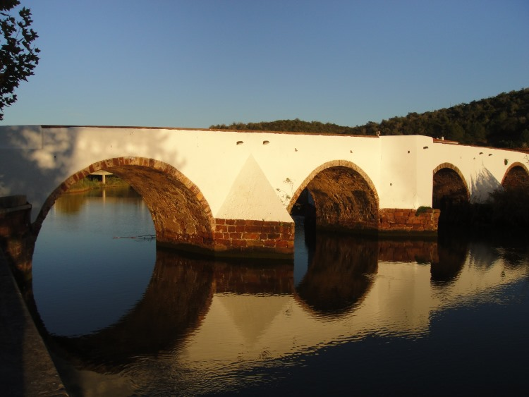 Bridge crossing Arade River in Silves
